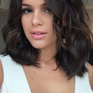 Bruna marquezine de cabelo curto