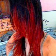 Californiana vermelha cabelo curto