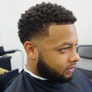 Corte de cabelo crespo masculino