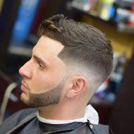 Corte de cabelo curto masculino