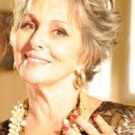 Corte de cabelo curto para senhoras de 70 anos