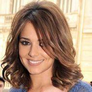 Corte de cabelo feminino curto em camadas