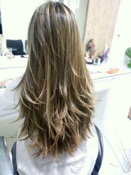 corte de cabelo longo camadas