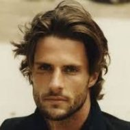 Corte de cabelo masculino comprido