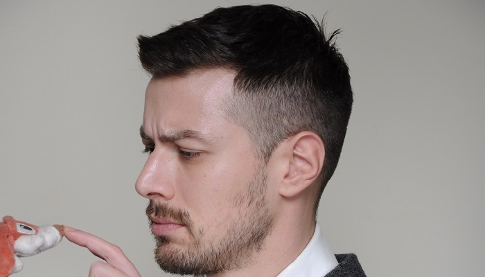 corte de cabelo militar masculino