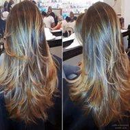 Corte de cabelo repicado longo
